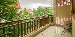 riverside 1 bedroom townhouse flat for rent in chey chumneas