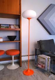 Orange Floor Lamp Přes 25 Nejlepších Nápadů Na Téma Orange Floor Lamps Na Pinterestu
