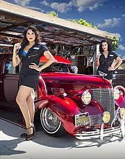 lowriders and pin ups at l a car california