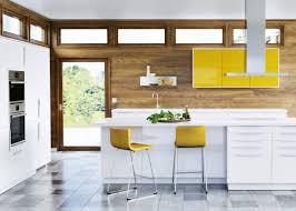 cuisine jaune et blanche les 78 meilleures images du tableau cuisine pièce sur