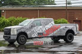 stick with truck trend for the live reveal of the 2017 ford f