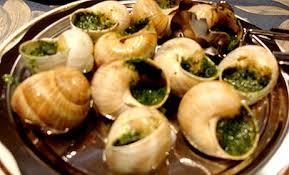 escargot cuisiné douzaine d escargot de bourgogne tour bajole