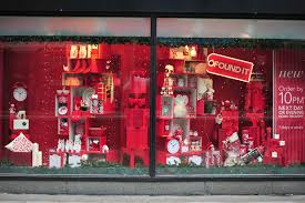 what time do the shops in manchester close on christmas eve