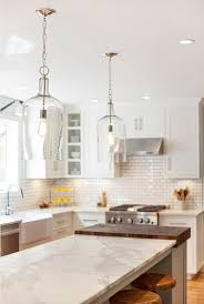 Hanging Lights Over Kitchen Island Best 25 Farmhouse Kitchen Lighting Ideas On Pinterest Farmhouse