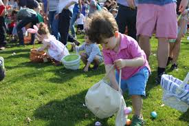 easter hunt eggs annual egg hunt winnetka park district