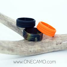 rubber wedding band jimmy fallon ring avulsion camo wedding ring camo silicone