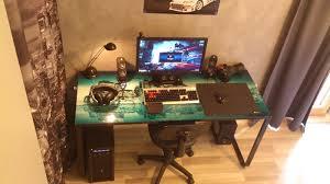 ordinateur de bureau gaming pc de bureau gamer le des geeks et des gamers