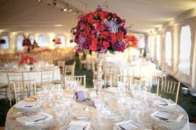 Red Roses Centerpieces Beautiful Centerpieces For Your Wedding Reception Homesfeed