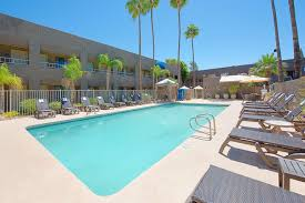 Presidential Pools Surprise Az by Best Western Innsuites Phoenix Hotel U0026 Suites Phoenix Arizona