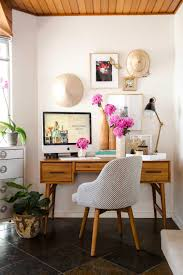 Homeoffice Inside The Inspiring Home Office Of Blogger Holly Hipwell