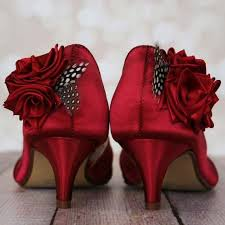 wedding shoes toe kitten heel peep toe wedding shoes with trio of