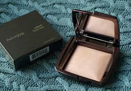hourglass ambient lighting powder review the black pearl blog uk beauty fashion and lifestyle blog