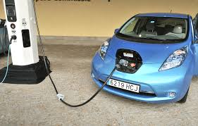 nissan leaf ev range aaa explains ev range loss in weather extremes surprises no one