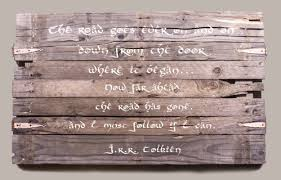 wood plank artwork how to create a wall sign diy projects craft ideas how to s