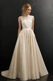 non strapless wedding dresses 119 best non strapless wedding dresses images on