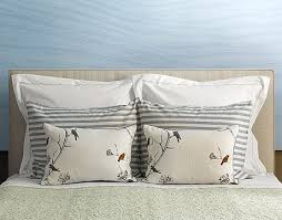 Bed And Living 27 Best Images About Good Pillow Arrangements For Bed And Living
