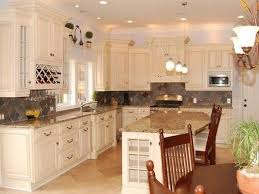 best white behr paint for kitchen cabinets behr antique white kitchen cabinets antique white kitchen
