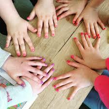 get involved the shine nail bar