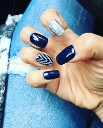 mani monday navy blue and silver glitter nail tutorial silver