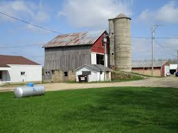file stockton il banked barn jpg wikimedia commons