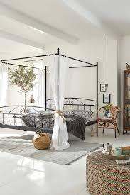 schlafzimmer verdunkeln spiegel fur schlafzimmer vorhang auf so finden sie die richtige