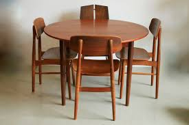 extendable round teak dining table by cees braakman for pastoe
