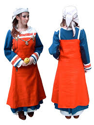 medieval clothes women