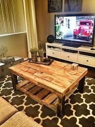 Making Wooden End Table by Best 25 Pallet Coffee Tables Ideas On Pinterest Paint Wood