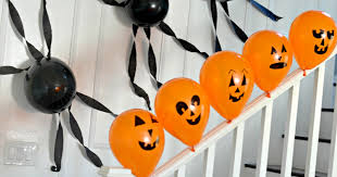 Easy To Make Halloween Decorations 5 Frugal U0026 Simple Halloween Decorating Ideas That Even Non Crafty