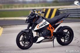 Ktm D Ktm 690 Duke Light Agile Mmm Motorcycles