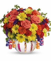 daisy floral designs for april birthdays r u0026a florist