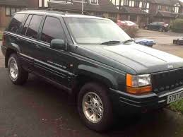 green jeep grand cherokee jeep grand cherokee limited in green 1998 s registered 4 0 litre