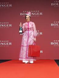 cork retail manager scoops punchestown bollinger best dressed