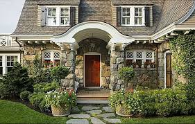 Gambrel Style House Happy Hollow A Gambrel Style House U0026 Guest Cottage Hooked On