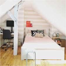 Kleines Schlafzimmer Design Bild Kleines Schlafzimmer Mit Dachschräge Gestalten Lapazca