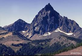 Oregon mountains images Mt thielson near mt bailey and diamond lake and crater lake jpg