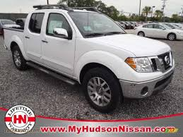 white nissan truck 2011 nissan frontier sl crew cab in avalanche white 440928