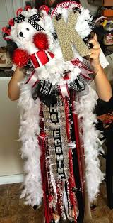 homecoming garter ideas 31 best homecoming images on football mums