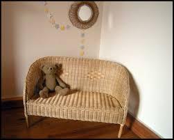 canape en osier ravissant petit canapé enfant en osier antic vintage