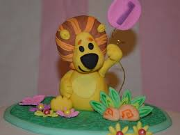 raa raa the noisy lion cake topper cakecentral com