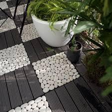 photo terrasse composite dalle clipsable composite gris l 30 x l 30 cm x ep 23 mm leroy