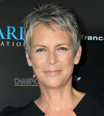how to get jamie lee curtis hair color looking foxy dare to go gray