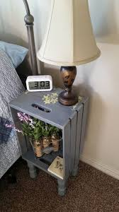 How To Build A Small Wooden End Table by Best 25 Diy Nightstand Ideas On Pinterest Crate Nightstand
