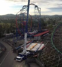 Six Flags Giant 2017 Neuheit Wonder Woman Giant Discovery Zamperla Six Flags
