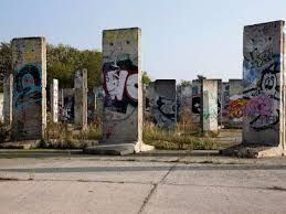 pictures of the berlin wall around the world business insider over the years segments of the berlin wall have been gifted and sold to countries around the world here portions of the wall are up for sale at a storage