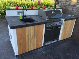 aussenk che mauern outdoor küche bauen outdoor k che mit coaxis system profilen