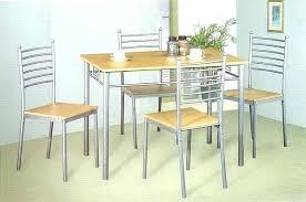 table de cuisine et chaise d licieux table cuisine chaise et chaises ensemble de 4 metz pas