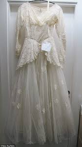 wedding dress donations widower who donated s wedding dress to charity with touching
