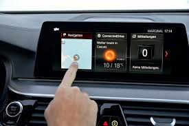 bmw 5 series navigation system five favorite tech things about the 2017 bmw 5 series automobile