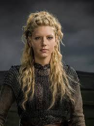 how to plait hair like lagertha lothbrok lagertha from vikings has some awesome hair bryllupshår